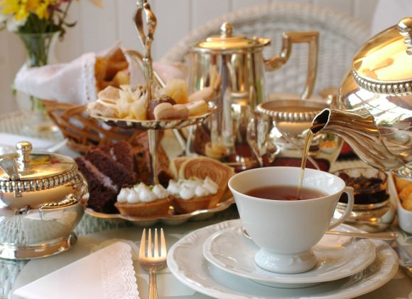 Your Definitive Guide to Throwing a Very Chic, Very Adult Tea Party